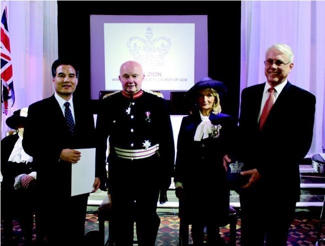 La Iglesia de Dios Sociedad Misionera Mundial recibió el Premio de la Reina del Reino Unido