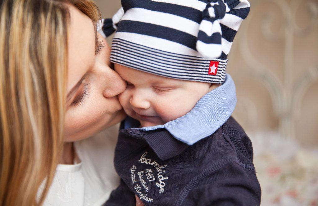 Risa de Madre , risa de madre es la razon de sus hijos
